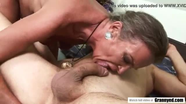 Old leady sex